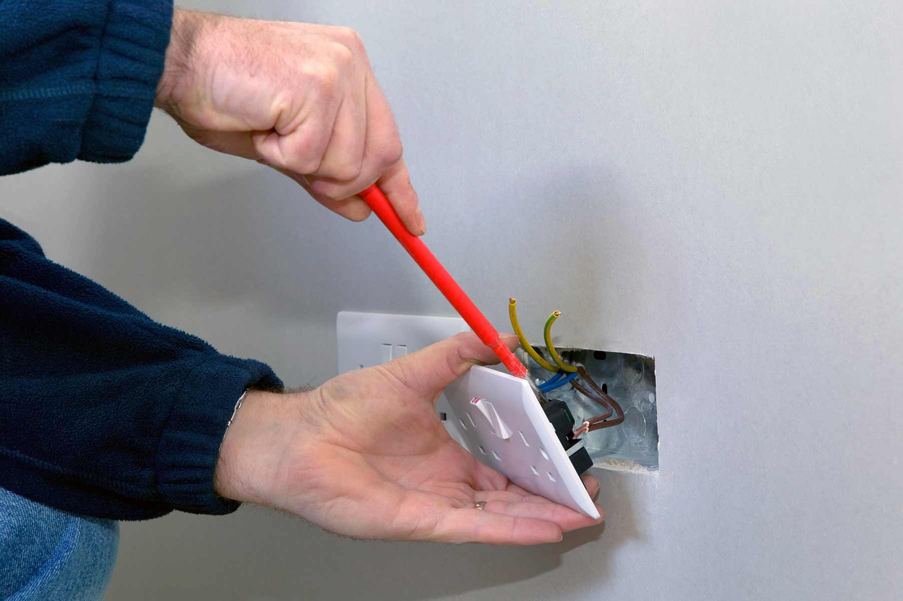 Our electricians can install plug sockets for domestic and commercial proeprties in Haringey and the local area.